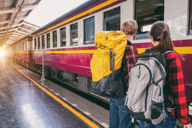 02307 Train Running Status